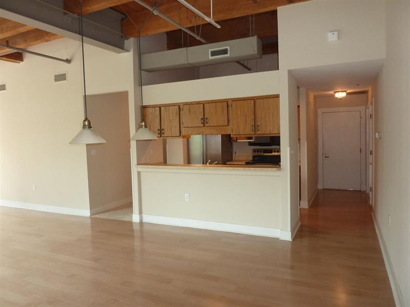 Real Estate Photography - 430 N Park Ave, Apt 212, Indianapolis, IN, 46202 - Location 10