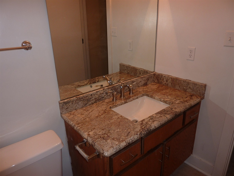 Real Estate Photography - 430 N Park Ave, Apt 212, Indianapolis, IN, 46202 - Location 19