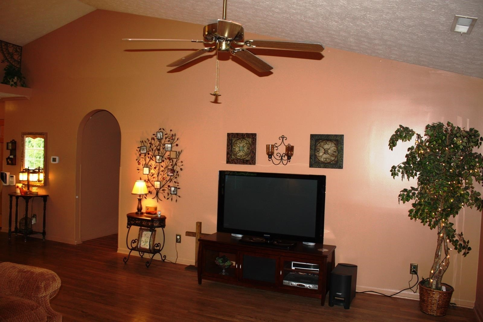 Real Estate Photography - 6749 Thousand Oaks Dr, Indianapolis, IN, 46214 - Location 7