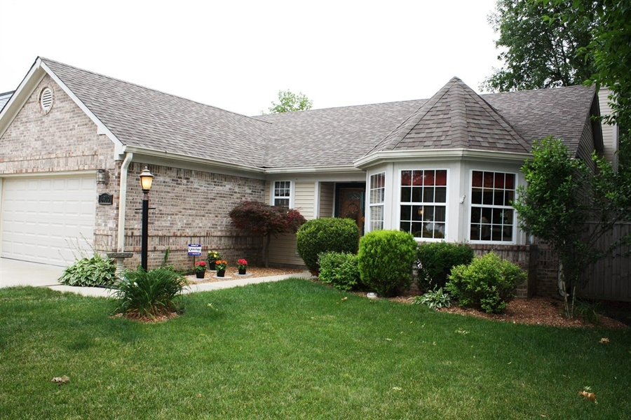 Real Estate Photography - 6749 Thousand Oaks Dr, Indianapolis, IN, 46214 - Location 1