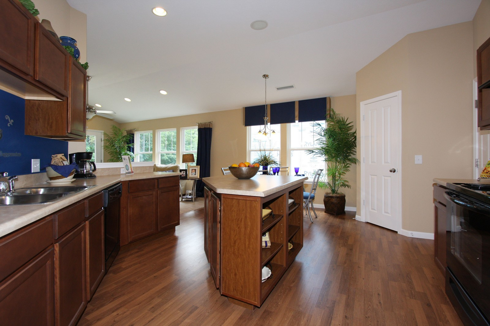 Real Estate Photography - 5881 Augusta Meadows Dr, Indianapolis, IN, 46254 -