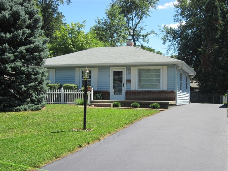 Real Estate Photography - 5625 Ralston Ave, Indianapolis, IN, 46220 - Location 1