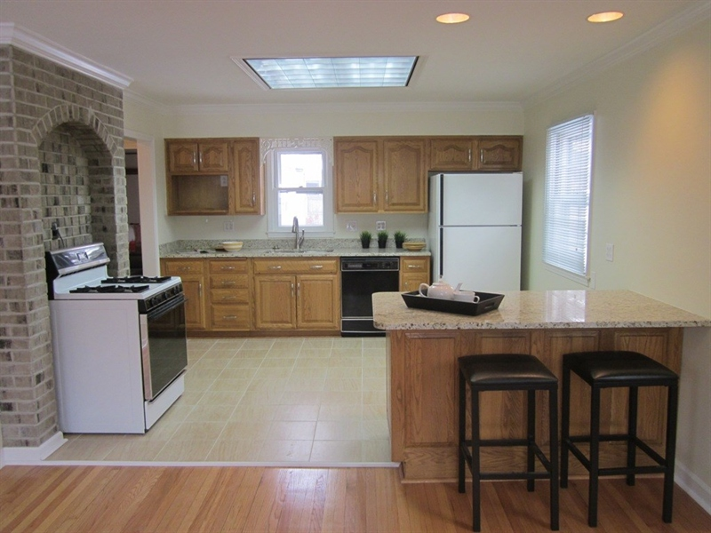 Real Estate Photography - 5625 Ralston Ave, Indianapolis, IN, 46220 - Location 5