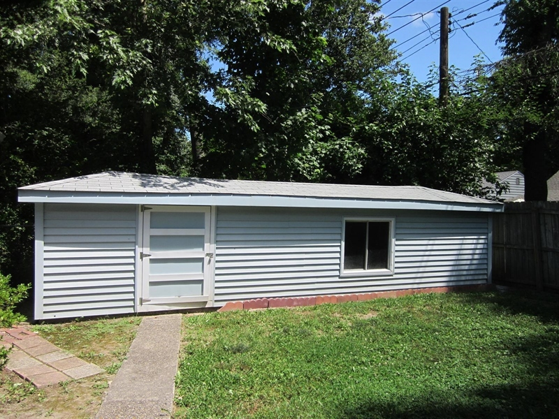 Real Estate Photography - 5625 Ralston Ave, Indianapolis, IN, 46220 - Location 22