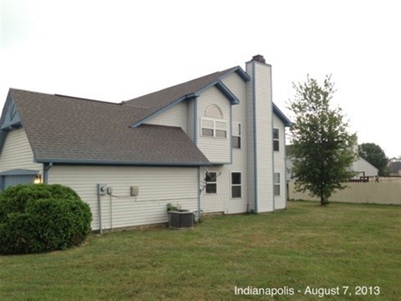 Real Estate Photography - 3521 Waterstone Cir, Indianapolis, IN, 46268 - Location 2