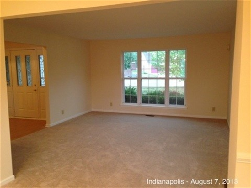 Real Estate Photography - 3521 Waterstone Cir, Indianapolis, IN, 46268 - Location 5