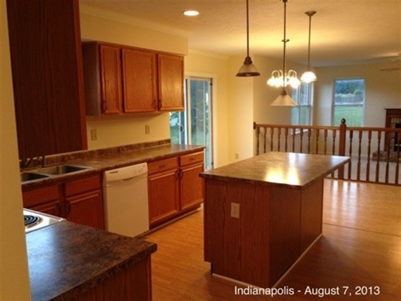Real Estate Photography - 3521 Waterstone Cir, Indianapolis, IN, 46268 - Location 7