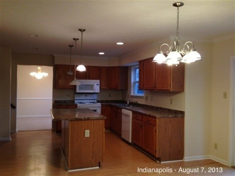 Real Estate Photography - 3521 Waterstone Cir, Indianapolis, IN, 46268 - Location 8
