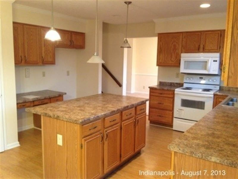 Real Estate Photography - 3521 Waterstone Cir, Indianapolis, IN, 46268 - Location 9
