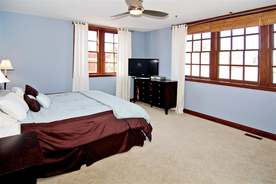 Real Estate Photography - 1529 N Alabama St, # 1A, Indianapolis, IN, 46202 - Location 16