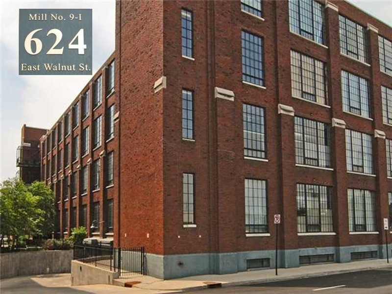 Real Estate Photography - 624 E Walnut St, Apt 11, Indianapolis, IN, 46204 - Location 1