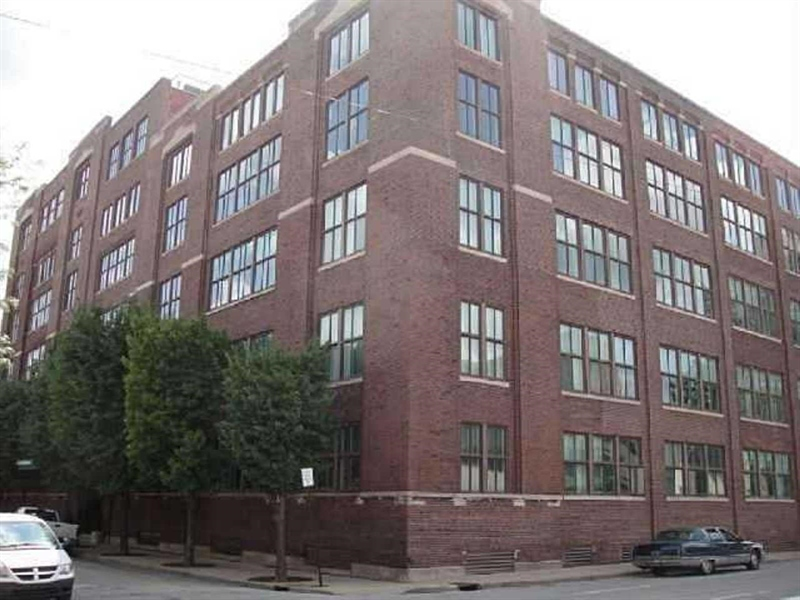 Real Estate Photography - 430 N Park Ave, Apt 103, Indianapolis, IN, 46202 - Location 1