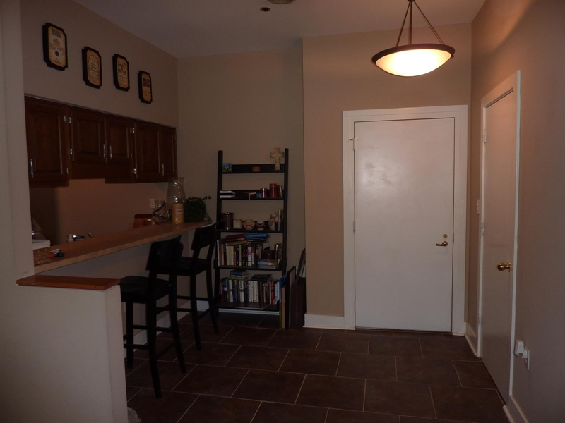 Real Estate Photography - 430 N Park Ave, Apt 103, Indianapolis, IN, 46202 - Location 7