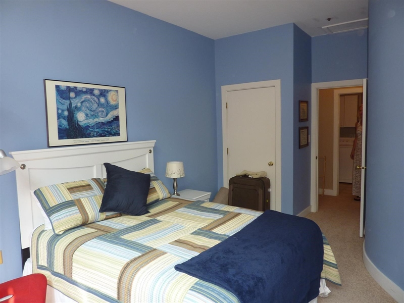 Real Estate Photography - 430 N Park Ave, Apt 103, Indianapolis, IN, 46202 - Location 18