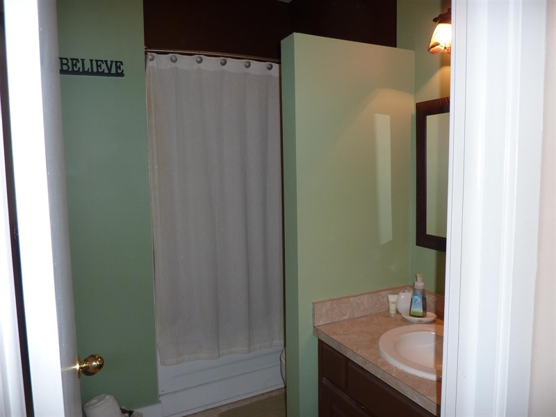 Real Estate Photography - 430 N Park Ave, Apt 103, Indianapolis, IN, 46202 - Location 20