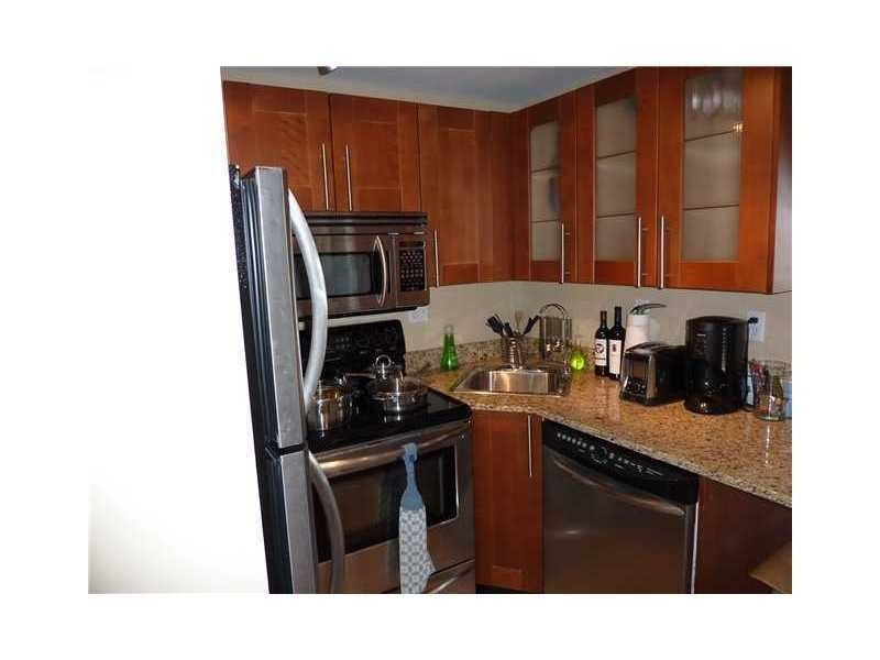 Real Estate Photography - 230 E 9th St, Apt 514, Indianapolis, IN, 46204 - Location 9