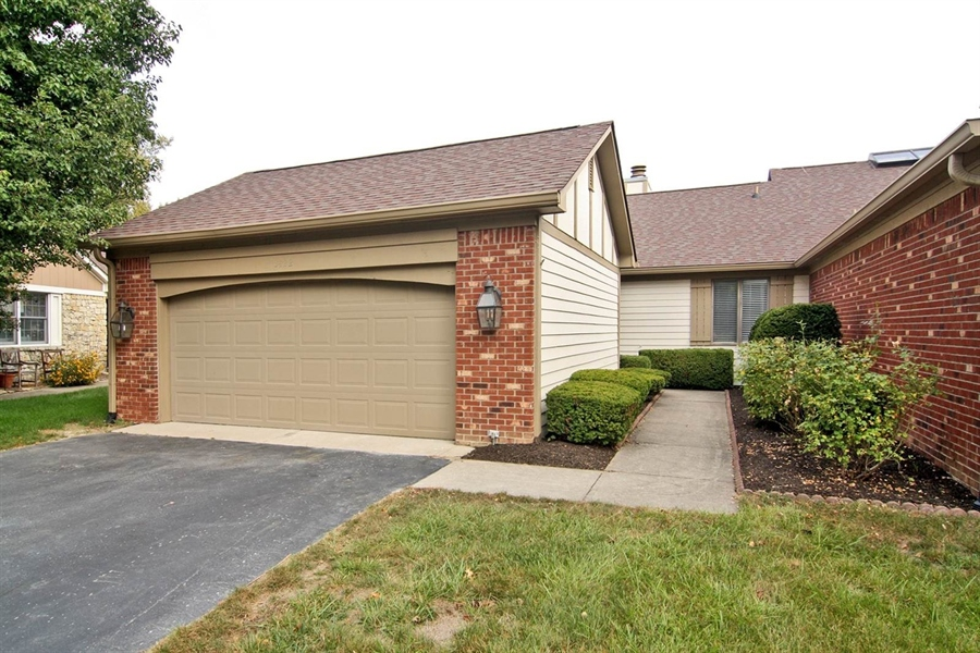 Real Estate Photography - 3422 Admiralty Ln, Indianapolis, IN, 46240 - Location 1