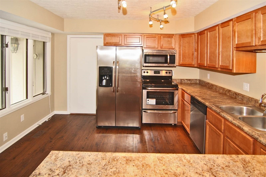 Real Estate Photography - 3422 Admiralty Ln, Indianapolis, IN, 46240 - Location 8
