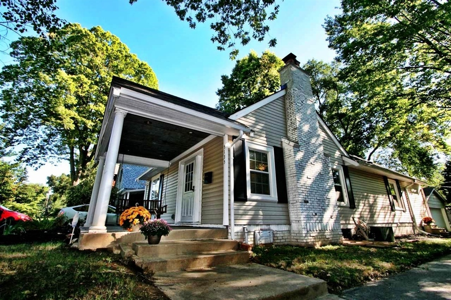 Real Estate Photography - 5135 N Kenwood Ave, Indianapolis, IN, 46208 - Location 5
