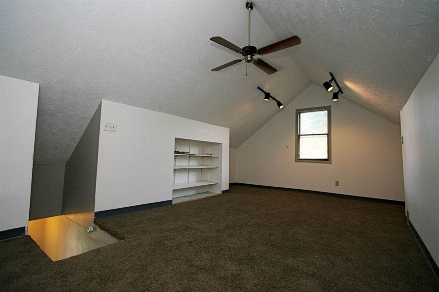 Real Estate Photography - 5135 N Kenwood Ave, Indianapolis, IN, 46208 - Location 24