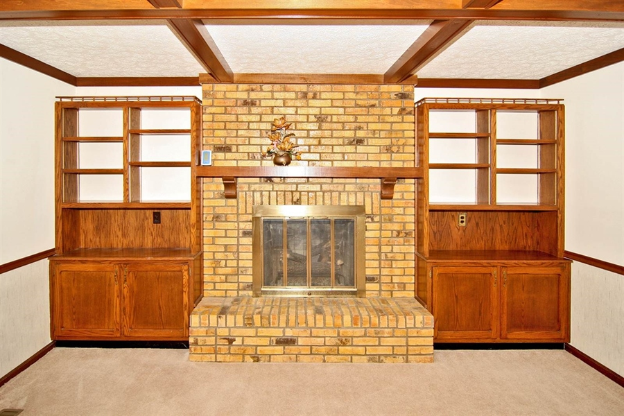 Real Estate Photography - 1015 Redwood Dr, Anderson, IN, 46011 - Location 6