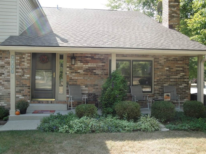 Real Estate Photography - 9052 Pine Cone Way, Indianapolis, IN, 46268 - Location 3