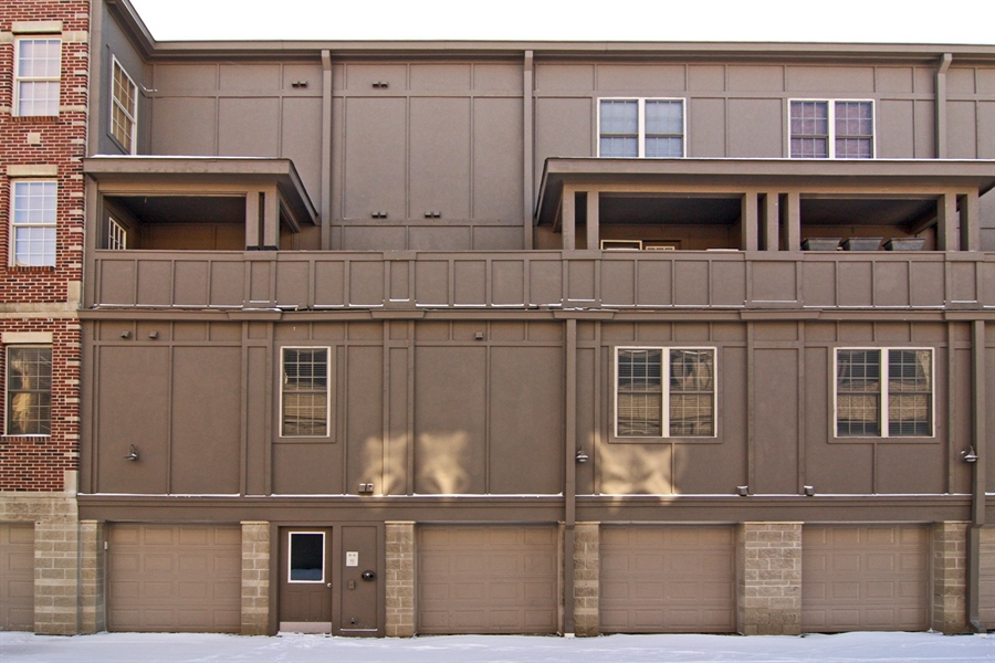 Real Estate Photography - 424 E Ohio St, # 3/B, Indianapolis, IN, 46204 - Location 20