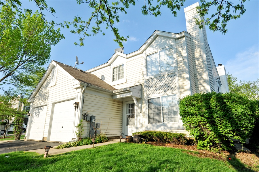 Real Estate Photography - 311 Bunker Hill, Aurora, IL, 60504 - Front View