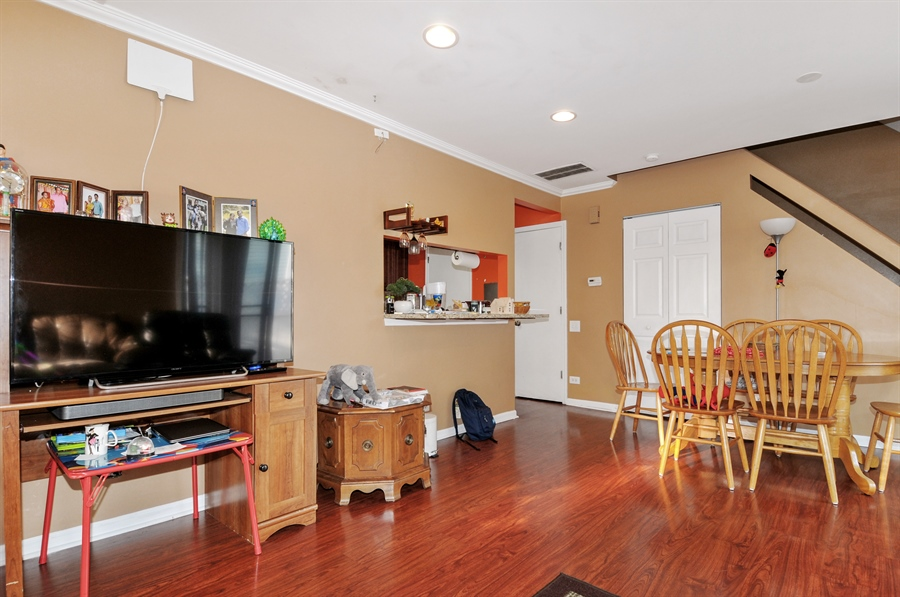 Real Estate Photography - 311 Bunker Hill, Aurora, IL, 60504 - Family Room / Kitchen