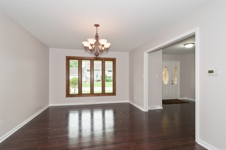 Real Estate Photography - 2868 Valley Forge Rd, Lisle, IL, 60532 - Dining Room