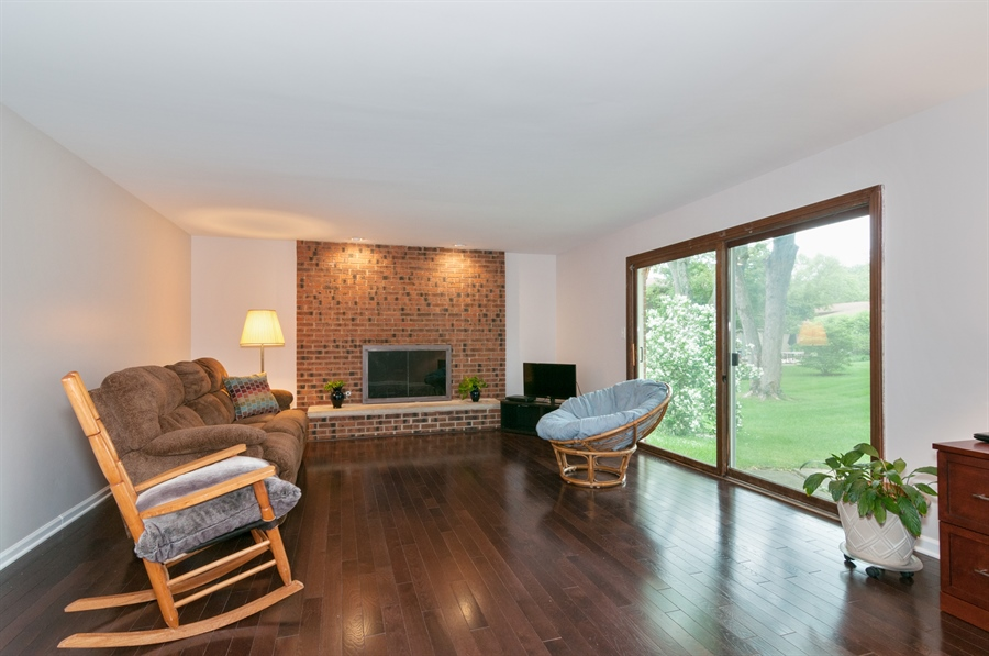 Real Estate Photography - 2868 Valley Forge Rd, Lisle, IL, 60532 - Family Room