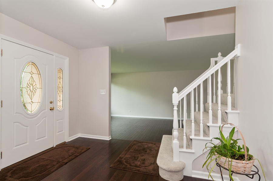 Real Estate Photography - 2868 Valley Forge Rd, Lisle, IL, 60532 - Foyer