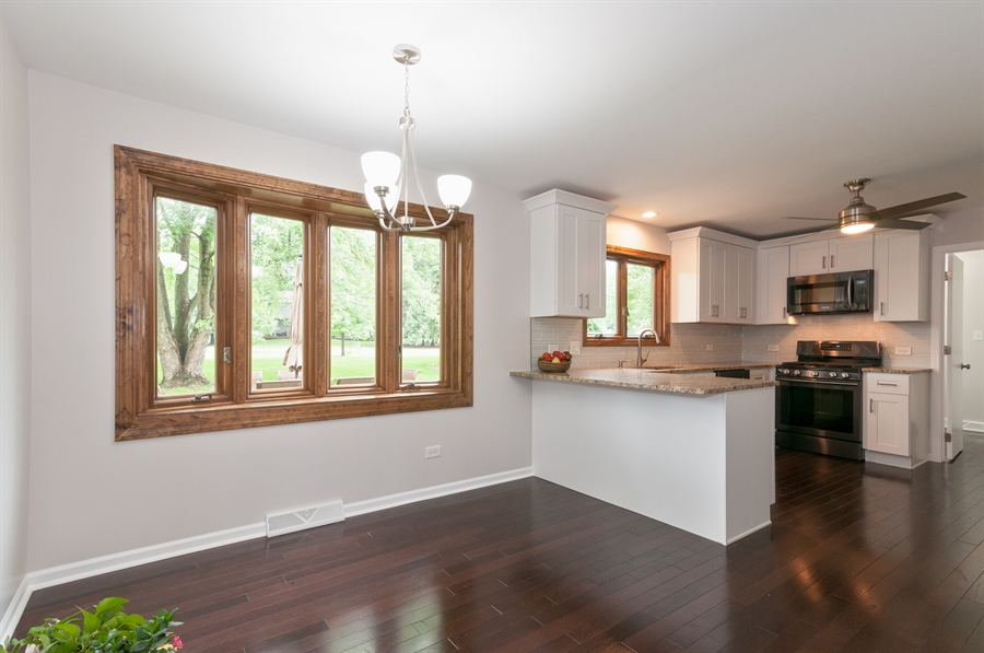Real Estate Photography - 2868 Valley Forge Rd, Lisle, IL, 60532 - Dining Area