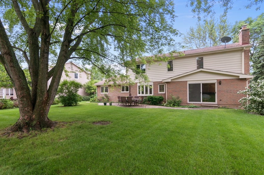 Real Estate Photography - 2868 Valley Forge Rd, Lisle, IL, 60532 - Rear View