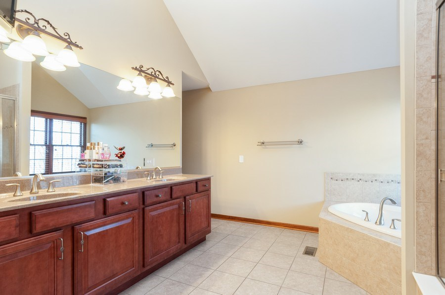 Real Estate Photography - 26112 W. Chatham Dr., Plainfield, IL, 60585 - Master Bathroom