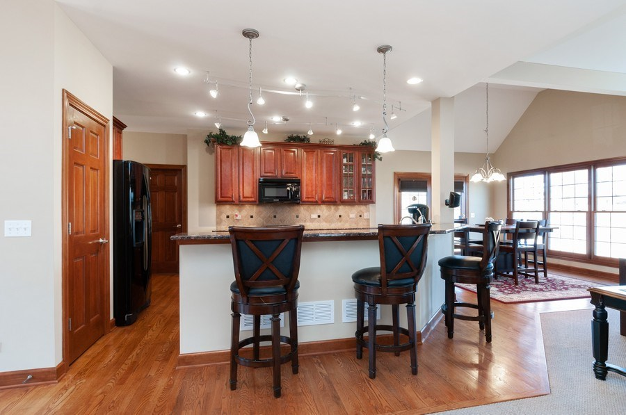 Real Estate Photography - 26112 W. Chatham Dr., Plainfield, IL, 60585 - Kitchen / Breakfast Room