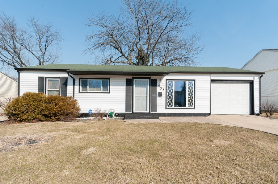 Real Estate Photography - 405 FENTON Ave, Romeoville, IL, 60446 - Front View