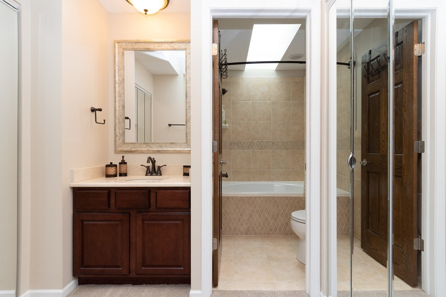 Real Estate Photography - 986 West Ct, Naperville, IL, 60563 - Master Bathroom