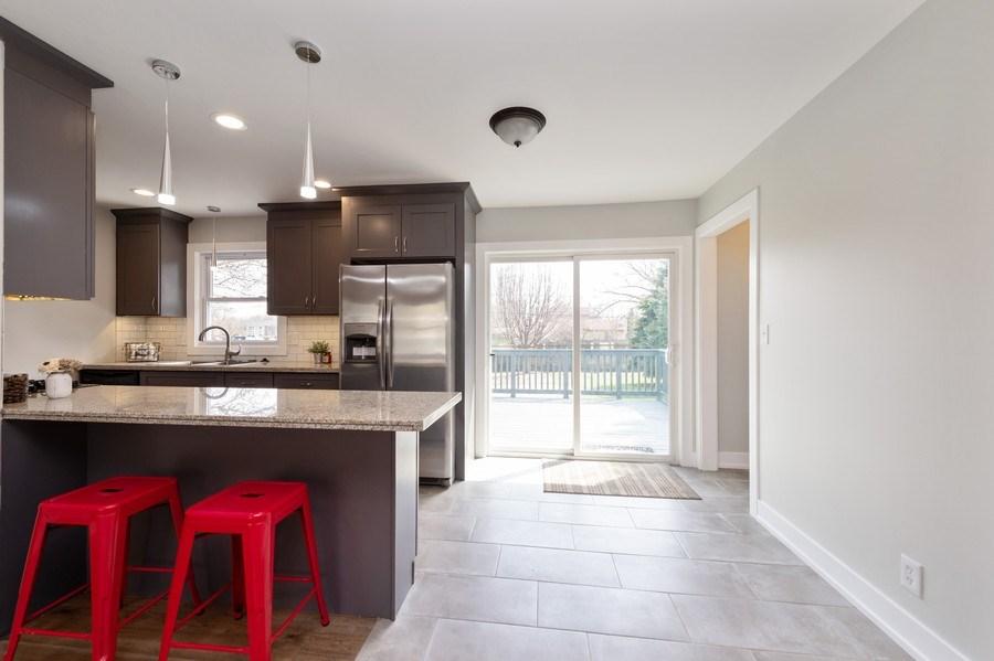 Real Estate Photography - 11 Shore Ct, Oswego, IL, 60543 - Breakfast Area