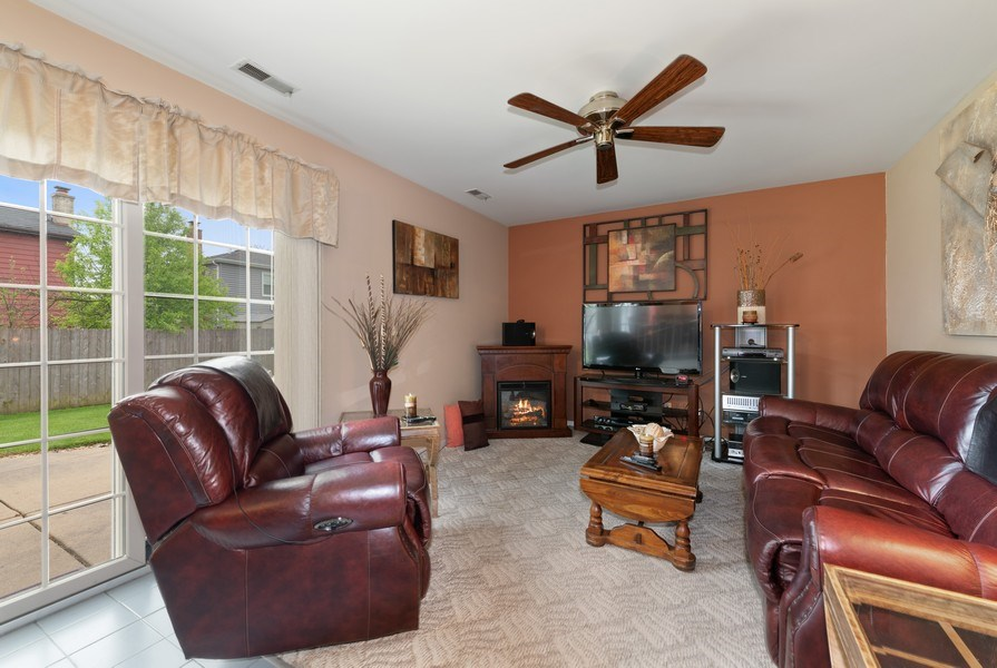 Real Estate Photography - 1161 Parker Ave, Downers Grove, IL, 60516 - Family Room