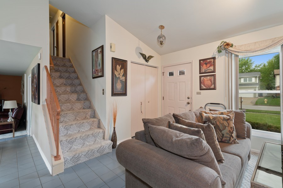 Real Estate Photography - 1161 Parker Ave, Downers Grove, IL, 60516 - Staircase