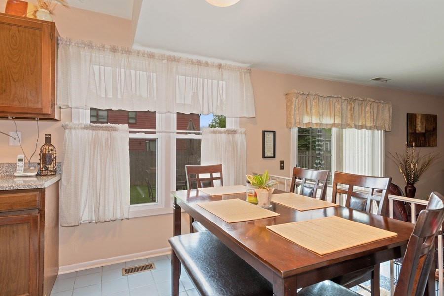 Real Estate Photography - 1161 Parker Ave, Downers Grove, IL, 60516 - Breakfast Nook