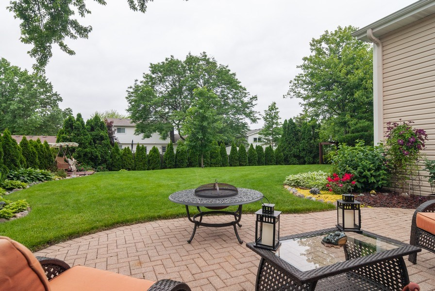 Real Estate Photography - 2210 Kingston, Wheaton, IL, 60189 - Back Yard