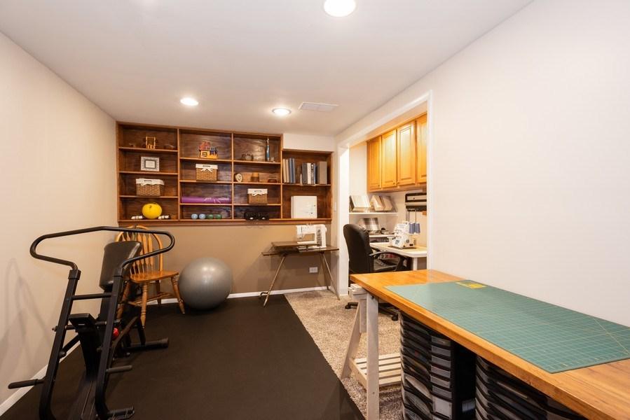 Real Estate Photography - 2210 Kingston, Wheaton, IL, 60189 - Study