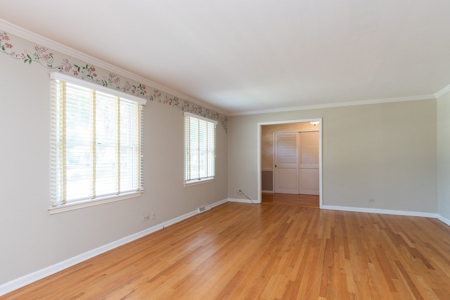 Real Estate Photography - 908 Royal St George, Naperville, IL, 60564 - Living Room