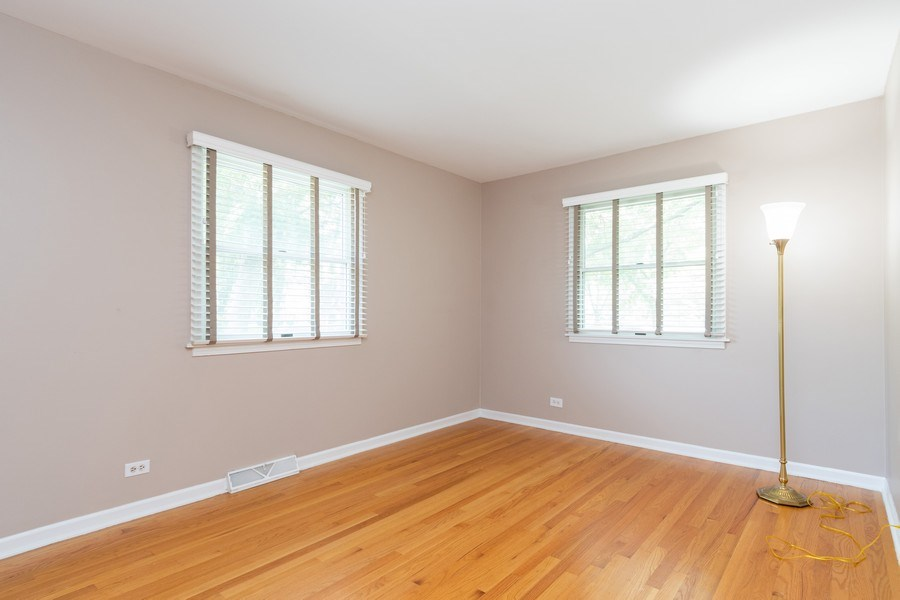 Real Estate Photography - 908 Royal St George, Naperville, IL, 60564 - 2nd Bedroom