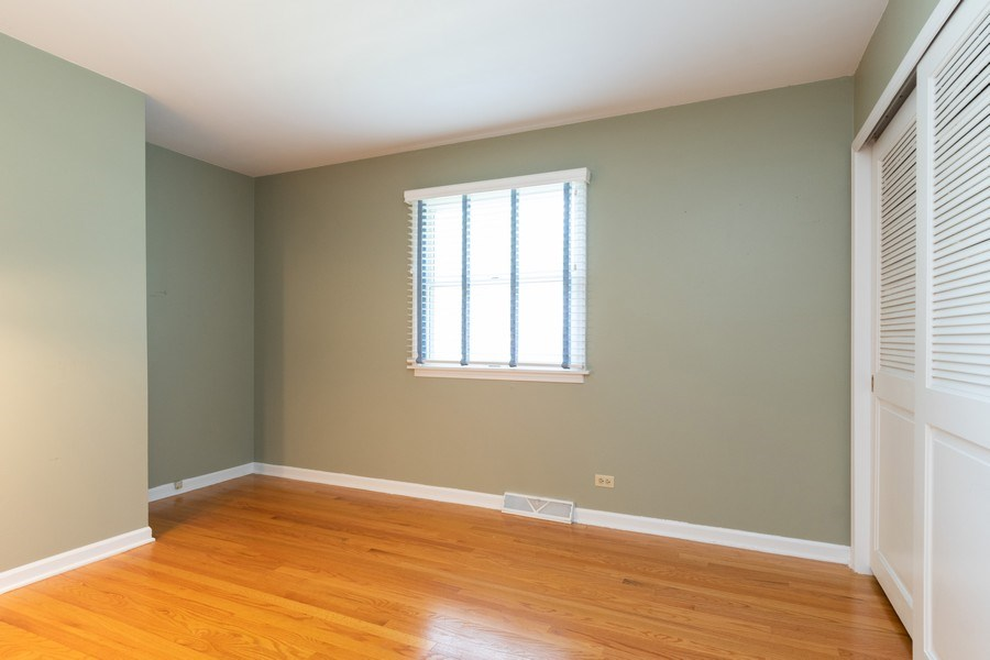 Real Estate Photography - 908 Royal St George, Naperville, IL, 60564 - 3rd Bedroom
