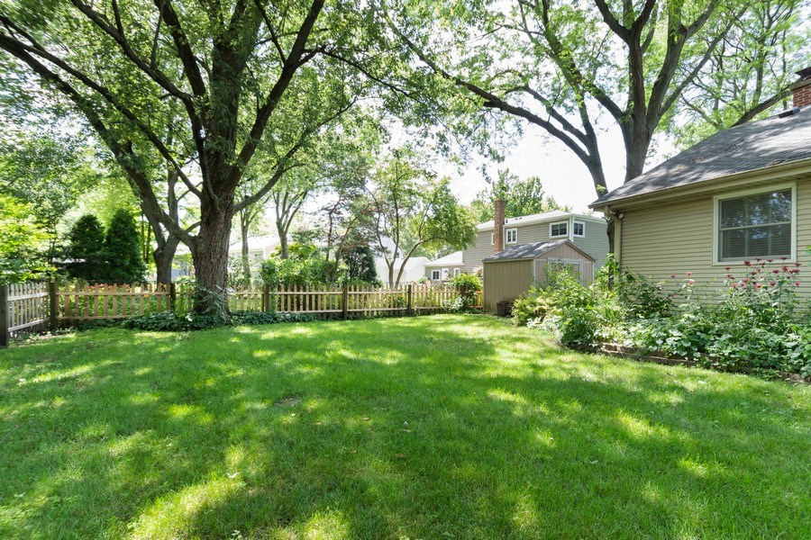 Real Estate Photography - 908 Royal St George, Naperville, IL, 60564 - Side Yard