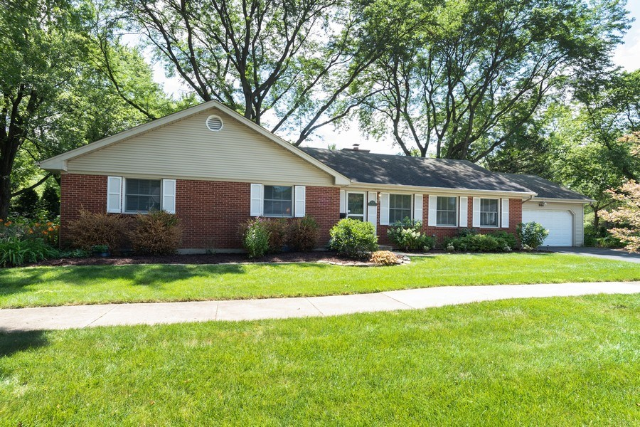 Real Estate Photography - 908 Royal St George, Naperville, IL, 60564 - Front View