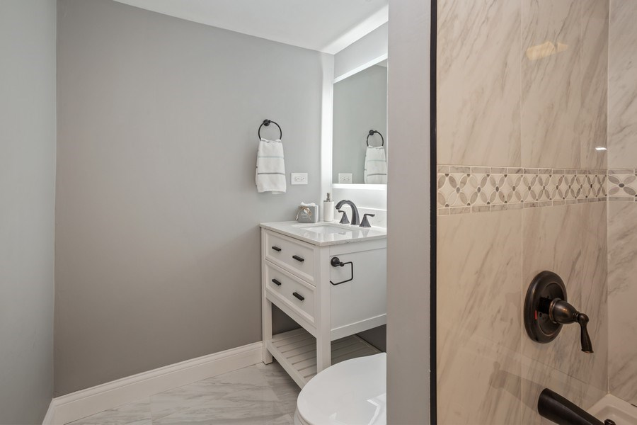 Real Estate Photography - 281 Byron Ave, Bloomingdale, IL, 60108 - Master Bathroom